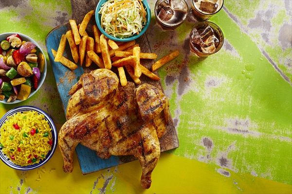 Nando's_Full_chicken_platter_4_sides_LS_final