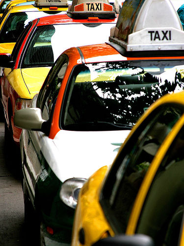 Taxi Cab Services in Karachi, Pakistan
